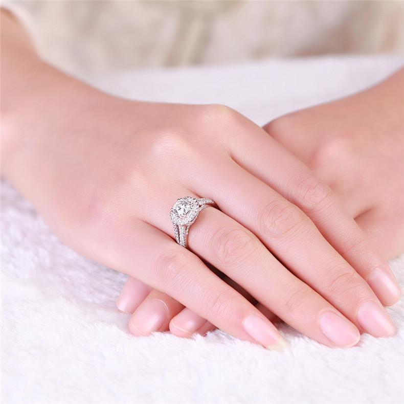 钻戒,佐卡伊钻石戒指,钻戒佩戴,钻戒尺寸测量