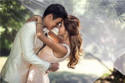 婚纱摄影网站哪家好