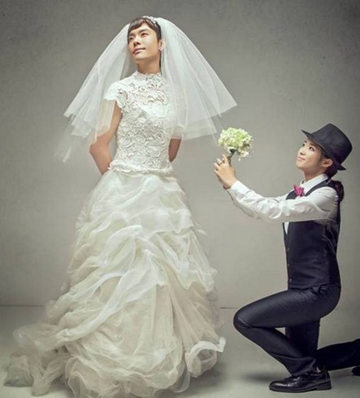 反串婚纱照