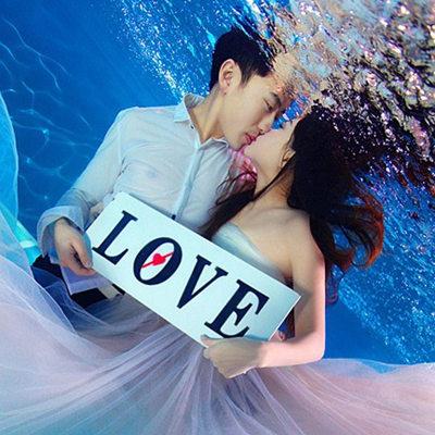 水下婚纱照怎么拍