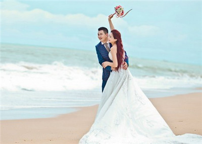 重庆婚纱摄影多少钱