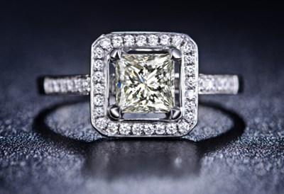 公主方形,公主方形钻戒,珠宝