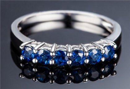蓝宝石,蓝宝石戒指,佐卡伊戒指