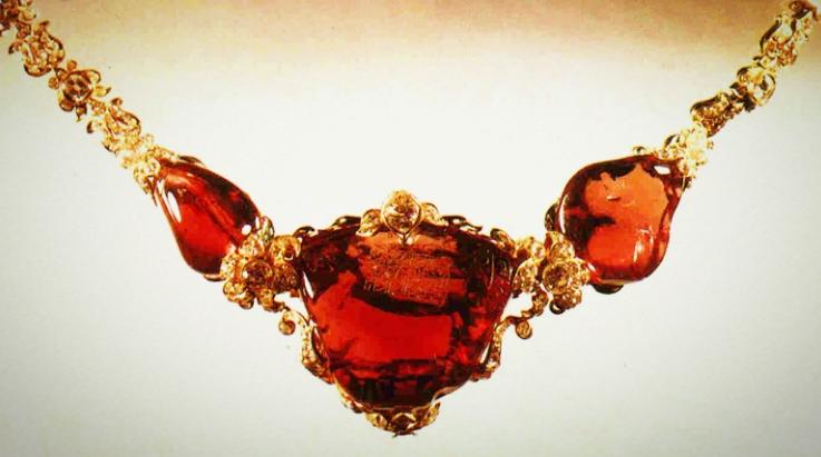 铁木尔红宝石