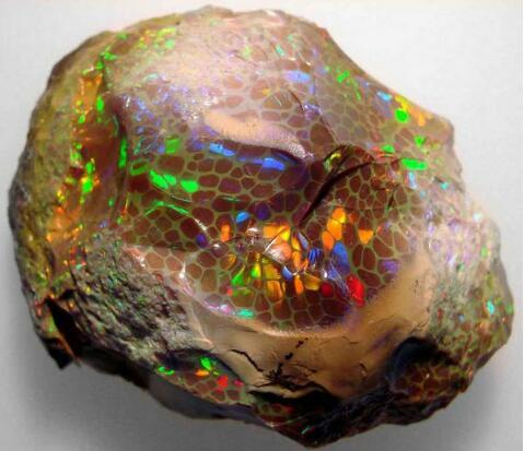 贵蛋白石,玉石知识,佐卡伊