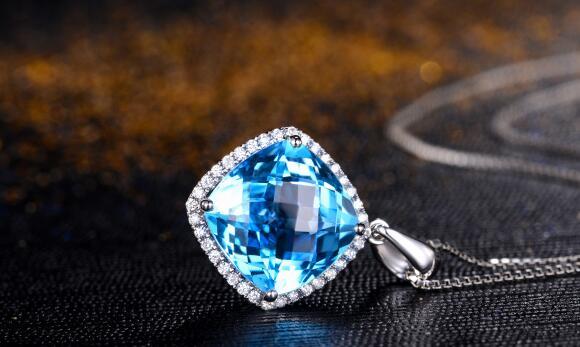 海蓝宝石,一克拉还蓝宝石,宝石戒指