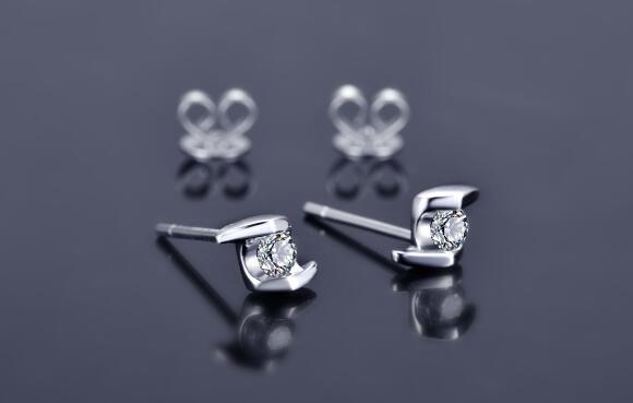 钻石,钻石耳钉,爱伦斯特