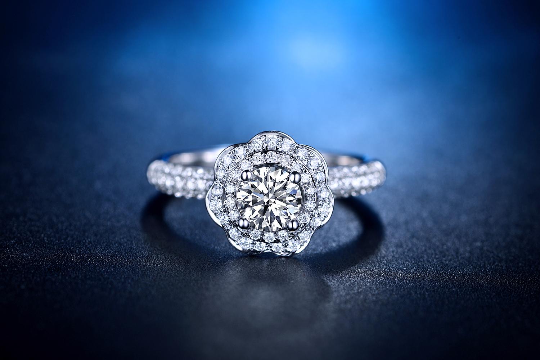 钻戒,婚戒,珠宝首饰