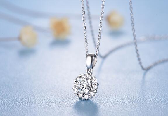 钻石吊坠,铂金吊坠