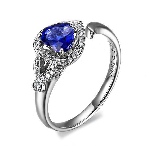 》》点击进入【高雅之心】 白18k金天然蓝宝石戒指
