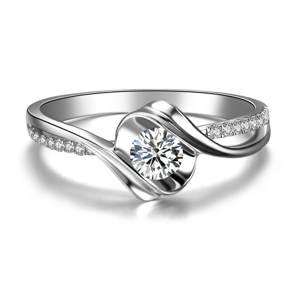》》点击进入【邂逅】 白18k金19分/0.19克拉钻石戒指