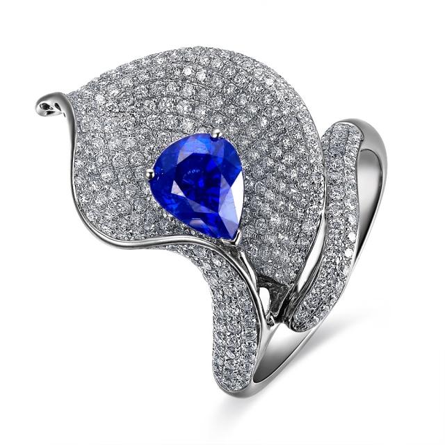 》》点击进入【花蕾】 白18k金蓝宝石戒指