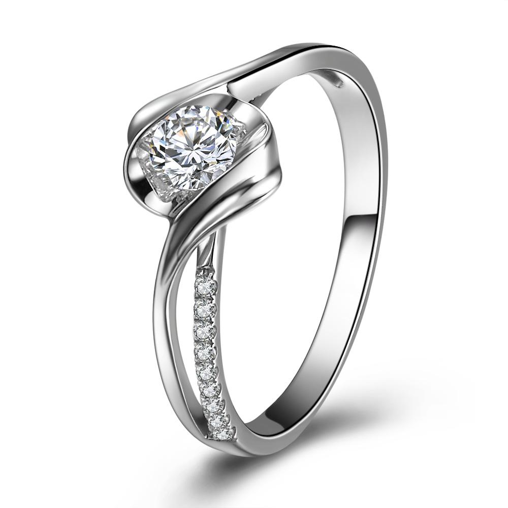 》》点击进入【邂逅】 白18k金钻石戒指
